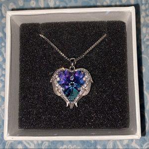 Blue angel heart necklace 💙